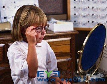 角膜塑形镜的危害有哪些 安全吗